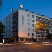 NH Avenida Hotel