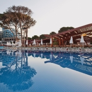 Cornelia Deluxe Hotel