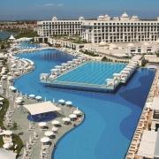 Titanic Golf Resort